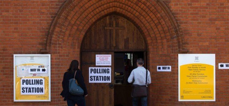 Gobierno del Reino Unido se compromete a mejorar la integridad del sistema electoral