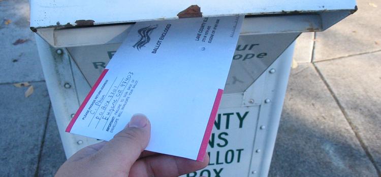 Estados Unidos: Un programa educativo sólido ayudará a votar por correo con éxito