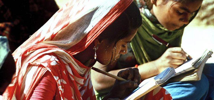 ¿Pueden los votantes analfabetos beneficiarse de la tecnología electoral?